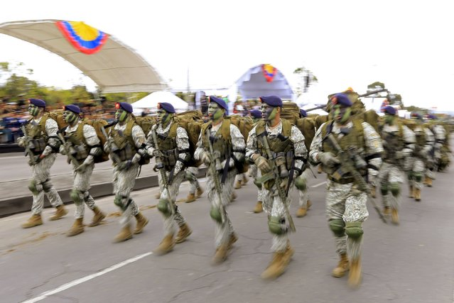 Soldiers participate in Colombia's Independence Day Parade in Bogota, Colombia July 20, 2015. Colombia commemorated the 205th anniversary of its independence from Spain on Monday. (Photo by Jose Miguel Gomez/Reuters)