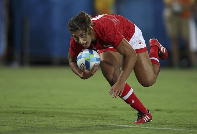 2016 Rio Olympics, Rugby, Preliminary, Women's Pool C Canada vs Brazil, Deodoro Stadium, Rio de Janeiro, Brazil on August 6, 2016. Bianca Farella (CAN) of Canada runs to score a try. (Photo by Phil Noble/Reuters)