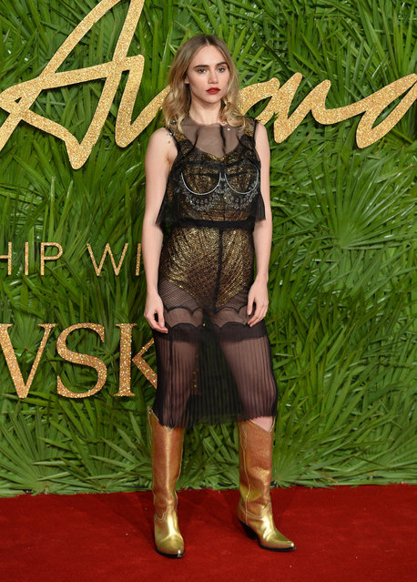 Suki Waterhouse attends The Fashion Awards 2017 in partnership with Swarovski at Royal Albert Hall on December 4, 2017 in London, England. (Photo by Jeff Spicer/BFC/Getty Images)