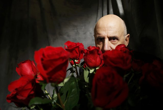 Actor Jeffrey Tambor poses backstage during the 22nd Screen Actors Guild Awards in Los Angeles, California January 30, 2016. (Photo by Mario Anzuoni/Reuters)