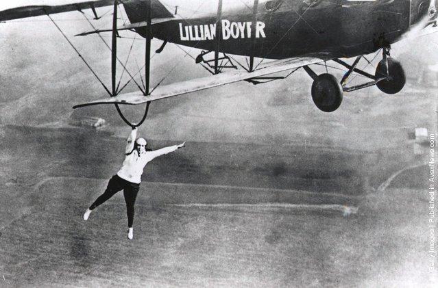 Infamous stunt flying acrobat Lillian Boyer in action