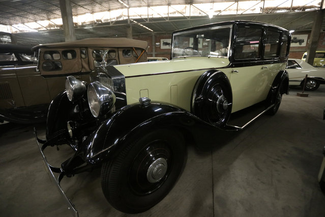 A Rolls Royce British Phantom II car is seen at the Nicolini Collection Car Museum in Lima, Peru June 1, 2017. (Photo by Guadalupe Pardo/Reuters)