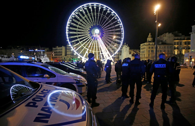 Police officers gather during an unauthorised protest against anti-police violence at the old harbour in Marseille, France, October 20, 2016. (Photo by Jean-Paul Pelissier/Reuters)