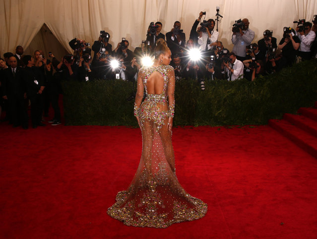 """Beyonce arrives at the Metropolitan Museum of Art Costume Institute Gala 2015 celebrating the opening of """"China: Through the Looking Glass"""" in Manhattan, May 4, 2015. (Photo by Lucas Jackson/Reuters)"""