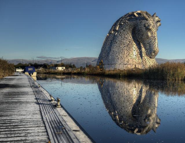 The Kelpies: Mythological Horses Power Again through Scotland