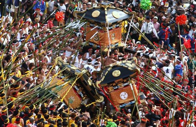 Nada No Kenka Matsuri, or Nada Fight Festival
