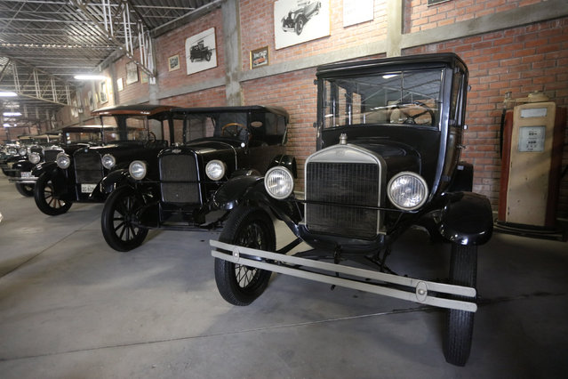 Cars are seen at the Nicolini Collection Car Museum in Lima, Peru June 1, 2017. (Photo by Guadalupe Pardo/Reuters)
