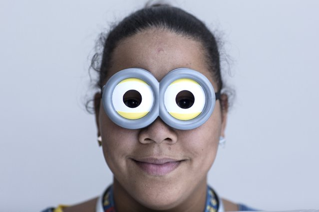 Michelle Carrera attends New York Comic Con dressed as a Minion in Manhattan, New York, October 8, 2015. (Photo by Andrew Kelly/Reuters)