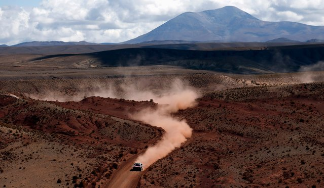 Stephane Peterhansel of France drives his Peugeot during the seventh stage in the Dakar Rally 2016 near Uyuni, Bolivia, January 9, 2016. (Photo by Marcos Brindicci/Reuters)