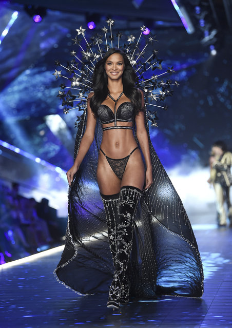 Model Lais Ribeiro walks the runway during the 2018 Victoria's Secret Fashion Show at Pier 94 on Thursday, November 8, 2018, in New York. (Photo by Evan Agostini/Invision/AP Photo)