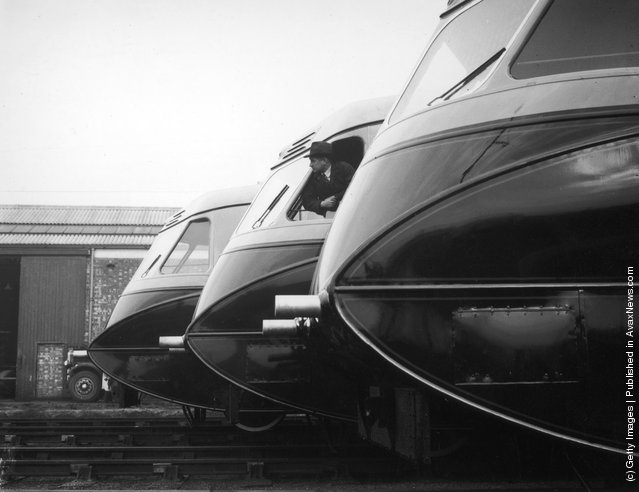 1936: A line of unusual streamlined railcars ordered by GWR at Southall