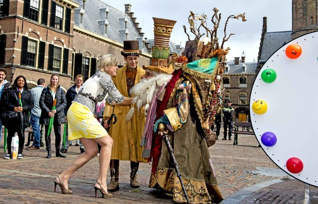 Princess Laurentien at the start of the Literacy week, the kick-off for the theme week of the foundation Reading and Writing, at the Binnenhof in The Hague, September 7, 2015. (Photo by Robin Utrecht/SIPA Press)