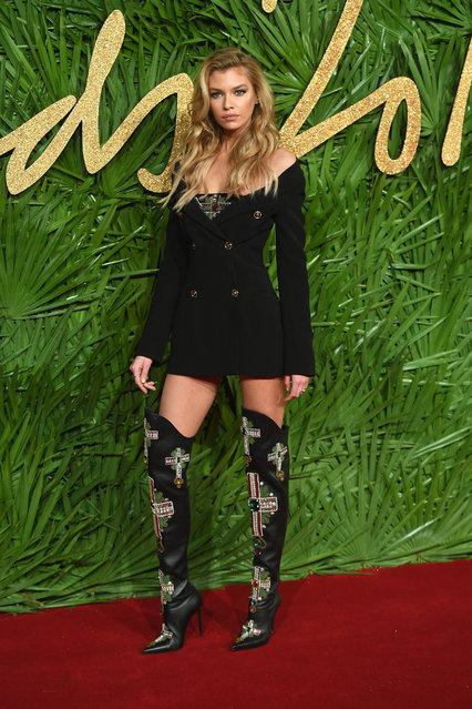 Stella Maxwell attends The Fashion Awards 2017 in partnership with Swarovski at Royal Albert Hall on December 4, 2017 in London, England. (Photo by Samir Hussein/Samir Hussein /WireImage)