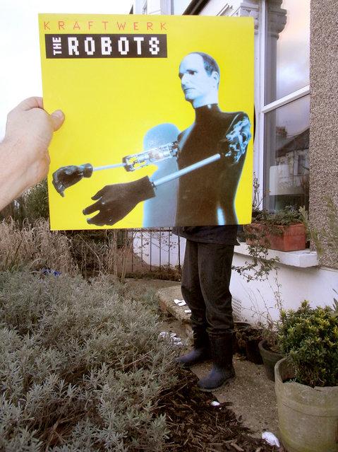 """""""Kraftwerk: The Robots"""". (Christophe Gowans)"""