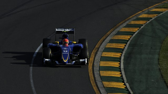 Sauber Formula One driver Felipe Nasr of Brazil drives during the second practice session of the Australian F1 Grand Prix at the Albert Park circuit in Melbourne March 13, 2015.   REUTERS/Mark Dadswell