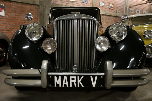 A Jaguar Mark V car is seen at the Nicolini Collection Car Museum in Lima, Peru June 1, 2017. (Photo by Guadalupe Pardo/Reuters)