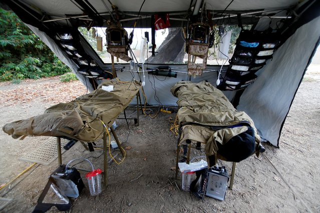 A view inside a U.S. Marine Forward Trauma Section (STS) as part of Rim of the Pacific (RIMPAC) 2016 exercises being held at Camp Pendleton, California United States, July 13, 2016. (Photo by Mike Blake/Reuters)