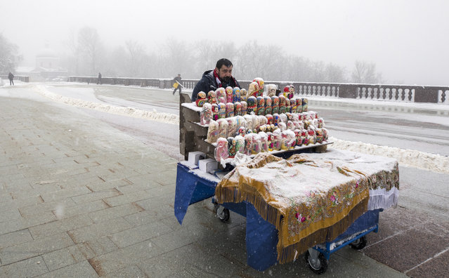 Matryoshka dolls for sale on Moscow' s Sparrow Hills, Russia on February 3, 2018. Heavy snow and freezing rain have knocked down thousands of trees in the Russian capital and one person is reported to have been killed. (Photo by Mikhail Japaridze/TASS)