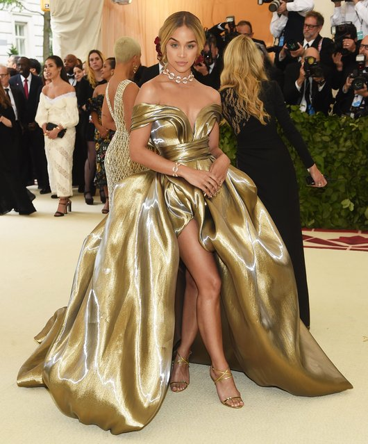 Jasmine Sanders attends the Heavenly Bodies: Fashion & The Catholic Imagination Costume Institute Gala at The Metropolitan Museum of Art on May 7, 2018 in New York City. (Photo by John Shearer/Getty Images for The Hollywood Reporter)