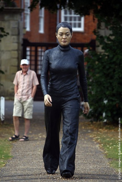 Sean Henry's sculpture Walking Woman