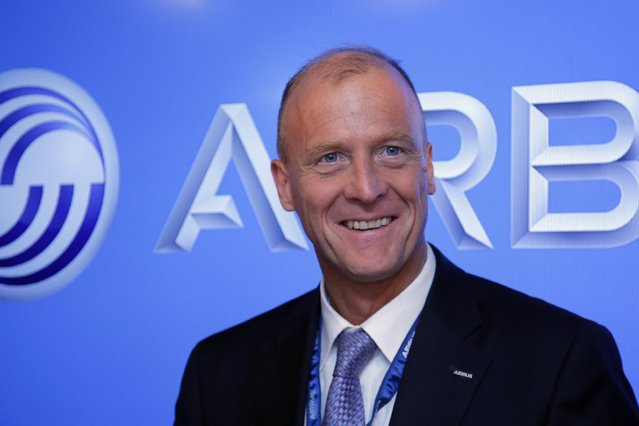 Airbus CEO Tom Enders poses during an Airbus press conference at the Paris Air Show, in Le Bourget airport, north of Paris, Wednesday, June 17, 2015. Some 300,000 aviation professionals and spectators are expected at this week's Paris Air Show, coming from around the world to make business deals and see dramatic displays of aeronautic prowess and the latest air and space technology. (AP Photo/Francois Mori)