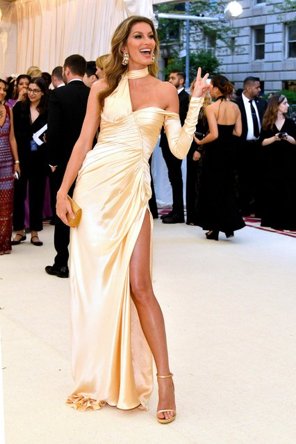 Gisele Bundchen attends the Heavenly Bodies: Fashion & The Catholic Imagination Costume Institute Gala at The Metropolitan Museum of Art on May 7, 2018 in New York City. (Photo by Dia Dipasupil/WireImage)