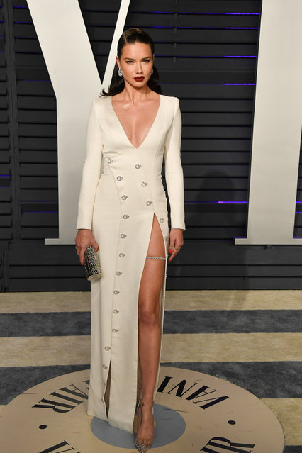 Adriana Lima attends the 2019 Vanity Fair Oscar Party hosted by Radhika Jones at Wallis Annenberg Center for the Performing Arts on February 24, 2019 in Beverly Hills, California. (Photo by George Pimentel/Getty Images)