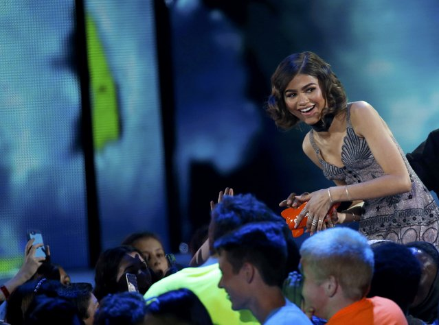 "Actress Zendaya accepts the award for Favorite Female TV Star – Kids Show to for her role on ""KC Undercover"" at Nickelodeon's 2016 Kids' Choice Awards in Inglewood, California March 12, 2016. (Photo by Mario Anzuoni/Reuters)"