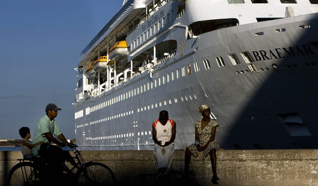 In this April 14, 2008 file photo, the Fred Olson Cruise Liner Braemar is docked at the port in Havana, Cuba. On Thursday, February 27, 2020 the Dominican Republic turned back the Braemar because some on board showed potential symptoms of the new coronavirus COVID-19. (Photo by Ramon Espinosa/AP Photo/File)