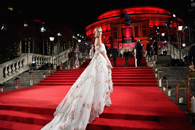 English model and actor Poppy Delevingne attends The Fashion Awards 2017 in partnership with Swarovski at Royal Albert Hall on December 4, 2017 in London, England. (Photo by Gareth Cattermole/Getty Images for BFC)