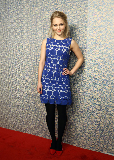 Actress AnnaSophia Robb attends the Alice + Olivia By Stacey Bendet presentation during Fall 2013 Mercedes-Benz Fashion Week on February 11, 2013 in New York City. (Photo by Gary Gershoff/WireImage)