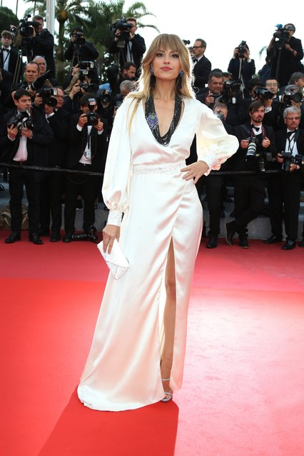 """Model Petra Nemcova poses for photographers upon arrival at the premiere of the film """"BlacKkKlansman"""" at the 71st international film festival, Cannes, southern France, Monday, May 14, 2018. (Photo by Joel C. Ryan/Invision/AP Photo)"""