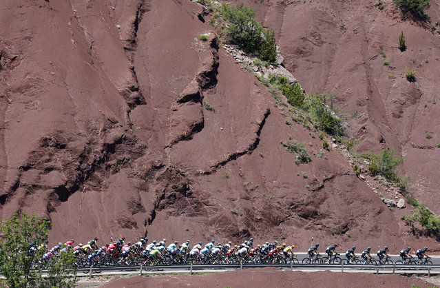 ANDORRA: The pack of riders cycles during the Tour de France 184.5 km (114.6 miles) Stage 9 from Vielha Val d'Aran, Spain to Andorre Arcalis, Andorra July 10, 2016. (Photo by Jean-Paul Pelissier/Reuters)