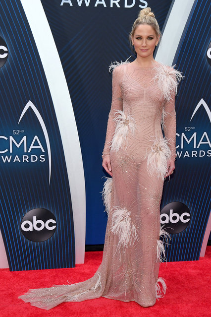 Singer-songwriter Jennifer Nettles of musical duo Sugarland attends the 52nd annual CMA Awards at the Bridgestone Arena on November 14, 2018 in Nashville, Tennessee. (Photo by Jason Kempin/Getty Images)