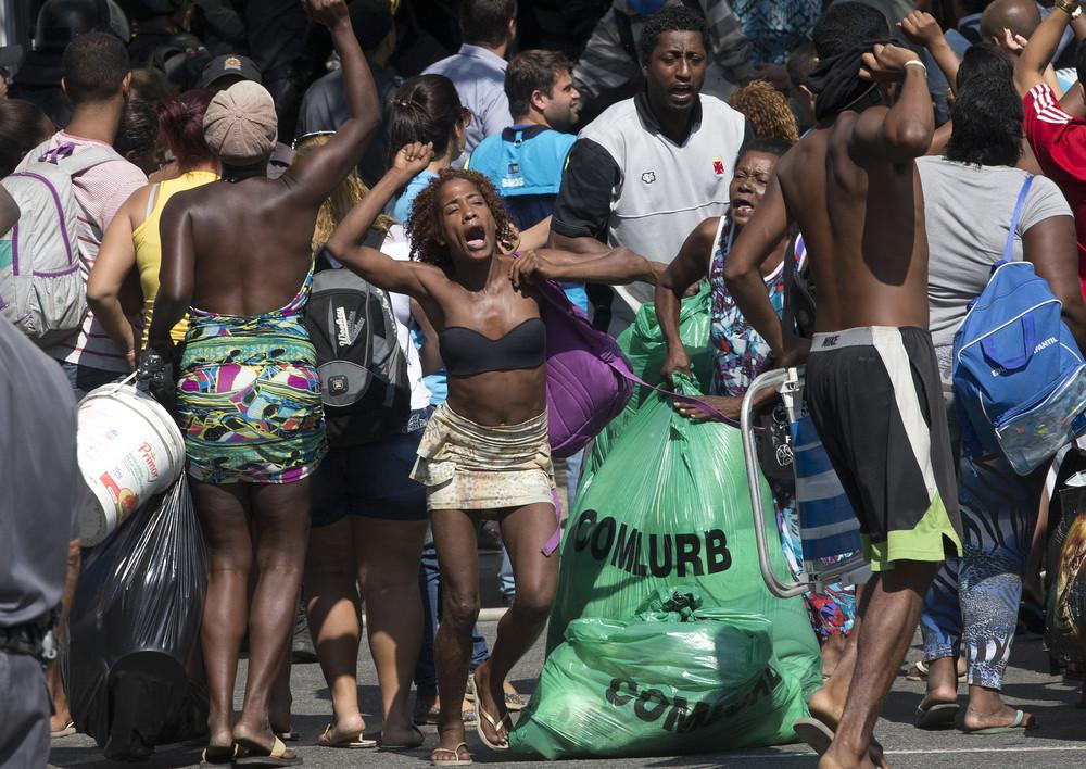Riot Police Remove Brazil Squatters