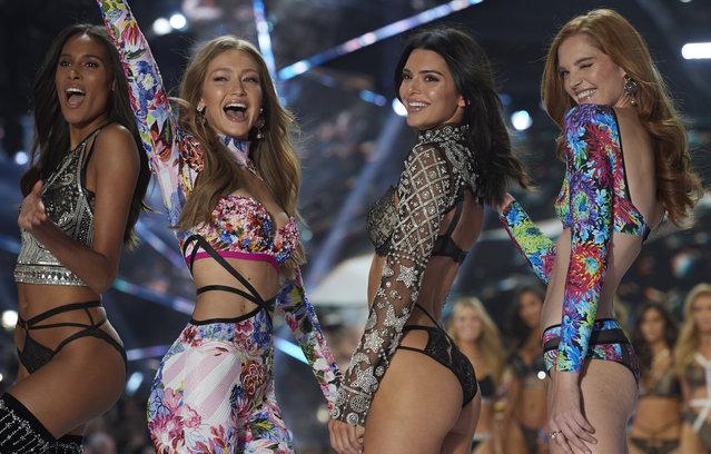 (L-R)  Cindy Bruna, Gigi Hadid, Kendall Jenner, Alexina Graham walk the runway during the 2018 Victoria's Secret Fashion Show at Pier 94 on November 8, 2018 in New York City. (Photo by Timur Emek/FilmMagic)