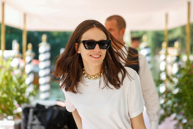 Jury Member Stacy Martin arrives at Lido Beach ahead of the 76th annual Venice International Film Festival in Venice, Italy, August 27, 2019. (Photo by Yara Nardi/Reuters)