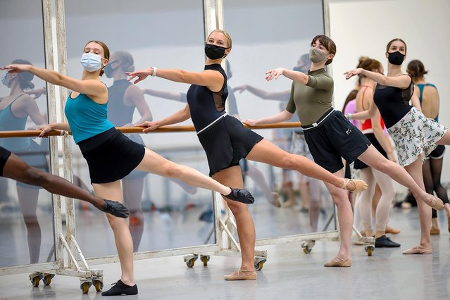 Dancers of Scottish Ballet practise at the Tramway arts venue in Glasgow, Scotland on August 18, 2021 for a tour of Gene Kelly's Starstruck, starting next month. It will be their first production since restrictions ended. (Photo by James Glossop/The Times)