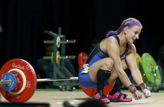 2016 Rio Olympics, Weightlifting, Final, Women's 63kg, Riocentro, Pavilion 2, Rio de Janeiro, Brazil on August 9, 2016. Anni Vuohijoki (FIN) of Finland fails a lift. (Photo by Stoyan Nenov/Reuters)