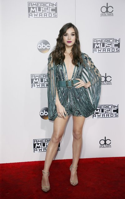 Actress Hailee Steinfeld arrives at the 2016 American Music Awards in Los Angeles, California, U.S., November 20, 2016. (Photo by Danny Moloshok/Reuters)