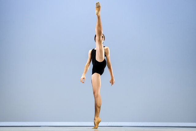 Brazilian dancer Gabriel Figueredo, winner of the second prize, performs during the final of the 47th Prix de Lausanne in Lausanne, Switzerland, 09 February 2019. Launched in 1973, the Prix de Lausanne is an international dance competition for young dancers. The best dancers will be awarded with scholarships granting free tuition in a world-renowned dance school or dance company. (Photo by Valentin Flauraud/EPA/EFE)
