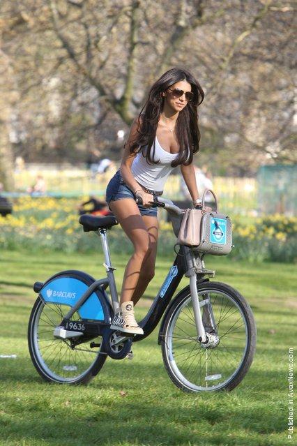 The Celebrity Big Brother Star Georgia Salpa In A London Park