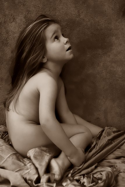 Toddlers by Karolina Bazydlo