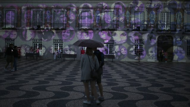 An installation of Portuguese artist Ocubo is displayed during the Lumina Light Festival in Cascais September 14, 2014. (Photo by Rafael Marchante/Reuters)