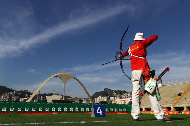 Yu Xing of China practices before the Men's Team Eliminations on Day 1 of the Rio 2016 Olympic Games at the Sambodromo on August 6, 2016 in Rio de Janeiro, Brazil. (Photo by Paul Gilham/Getty Images)
