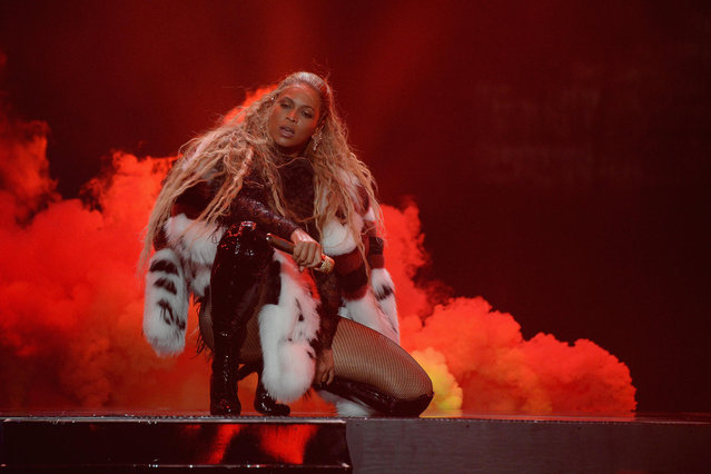 Beyonce performs onstage during the 2016 MTV Video Music Awards at Madison Square Garden on August 28, 2016 in New York City. (Photo by Kevin Mazur/WireImage)