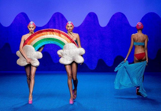 Models showcase designs by Agatha Ruiz de La Prada on the runway at the Agatha Ruiz de La Prada show during Mercedes-Benz Fashion Week Madrid Spring/Summer 2017 at Ifema on September 16, 2016 in Madrid, Spain. (Photo by Eduardo Parra/Getty Images)