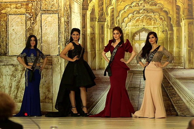 Beauty candidates take part in the Miss Iraq contest in Baghdad, Iraq, Thursday, May 25, 2017. (Photo by Karim Kadim/AP Photo)