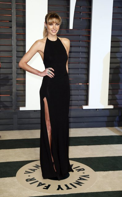 Model Jessica Hart arrives at the 2015 Vanity Fair Oscar Party in Beverly Hills, California February 22, 2015. (Photo by Danny Moloshok/Reuters)