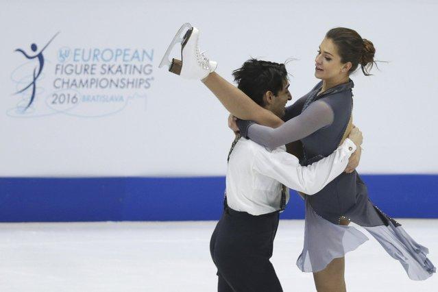 Alisa Agafonova and Alper Ucar of Turkey perform during the ice dance short dance program at the ISU European Figure Skating Championship in Bratislava, Slovakia, January 28, 2016. (Photo by David W. Cerny/Reuters)